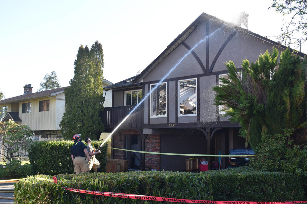 Residents of a Central Saanich duplex 'fortunate' to escape Sunday morning fire - Oak Bay News