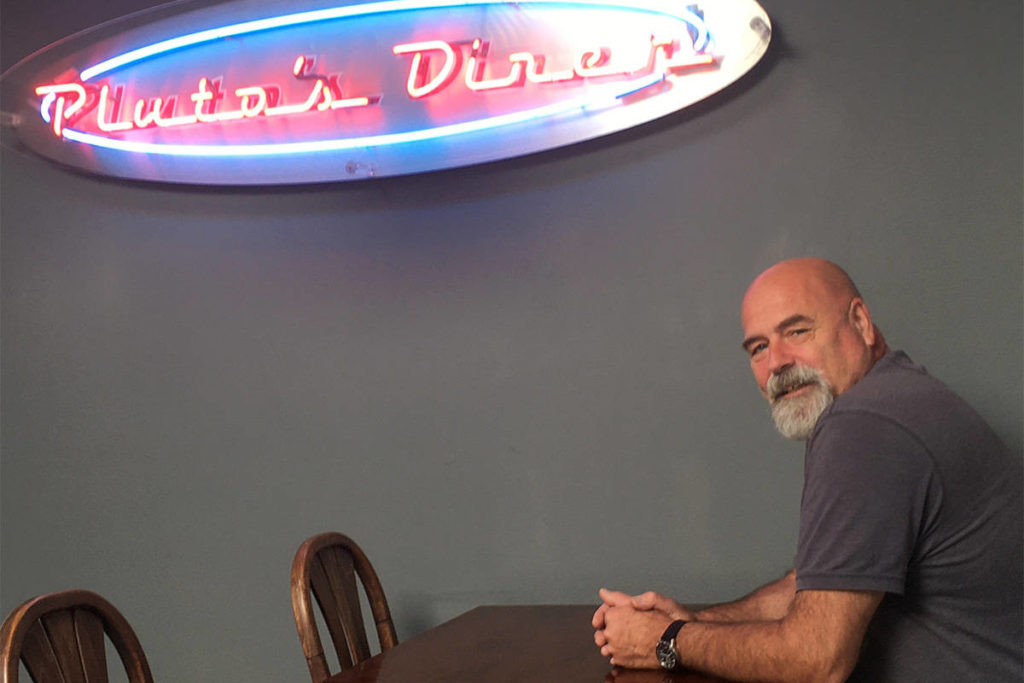Sunday lineup sign of success for Victoria eatery in new space after 33 years - Oak Bay News